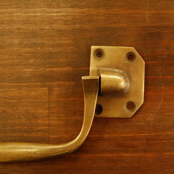 取っ手 真鍮把手 ブラス おしゃれ 引き出し バッグ持ち手 インテリアパーツ アンティーク仕上げ 古色仕上げ DIY 付け替え 修理 家具部品 インドネシア直輸入 artcrew 04