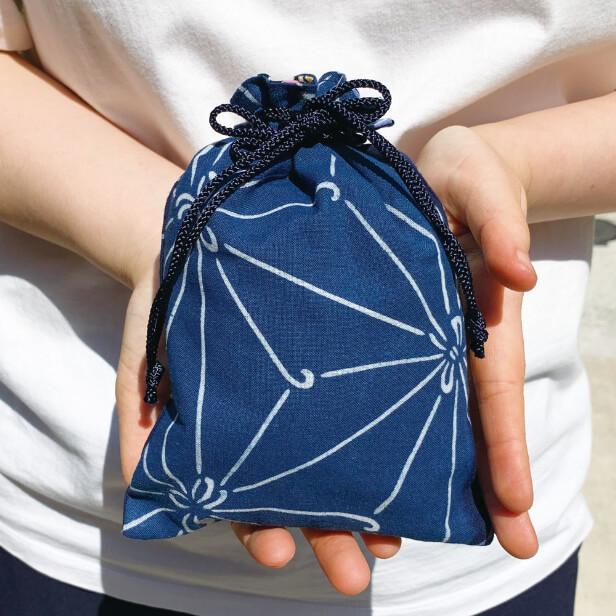 徳島の阿波藍染め巾着「麻の葉」