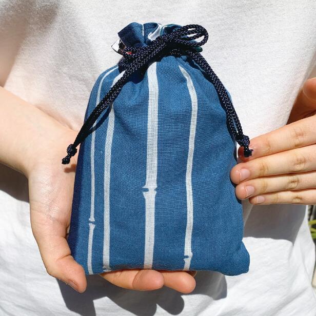 徳島の阿波藍染め巾着「細竹」