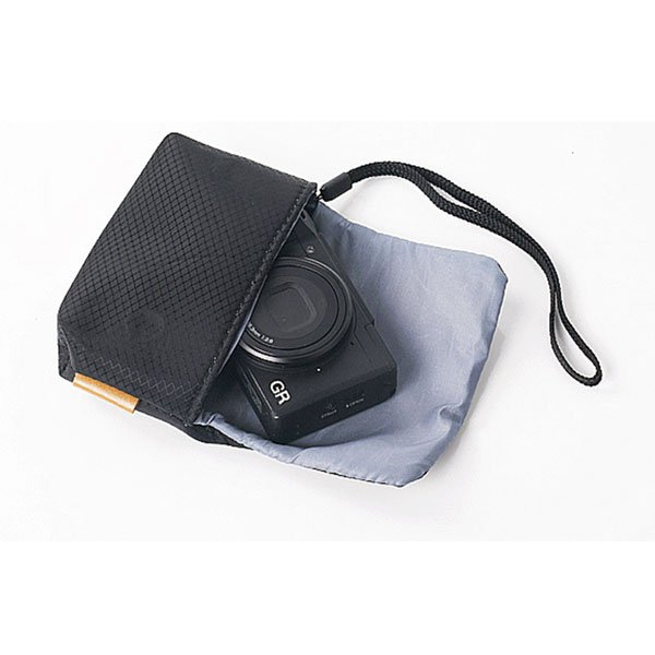 撥水ナイロンカメラケース 裏側柔らか素材使用 カメラを優しく包み込む マグネット内蔵で簡単開閉|asianzakka|04