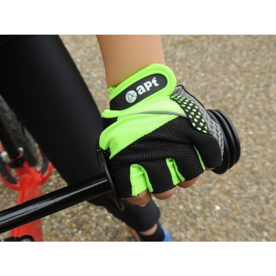 こども用サイクルグローブ ランバイクで使える 男の子 女の子用 夏用指切り自転車用手袋|asiapacifictrading|05