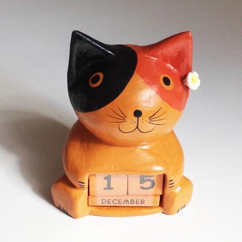 プルメリア をつけた アニマル カレンダー〈 三毛猫 黒猫 〉 木彫り オブジェ アジアン雑貨 インドネシア バリネコ ねこ ネコ CAT|atelier-ayumi|04