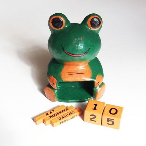ほっこりかわいい アニマル カレンダー〈 カエル 〉 木彫り オブジェ アジアン雑貨 インドネシア バリ 蛙 かえる ケロ|atelier-ayumi|02