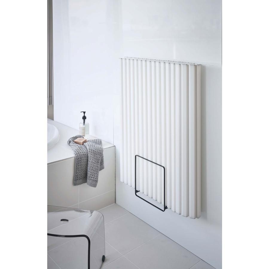 バスラック YAMAZAKI TOWER 乾きやすいマグネット風呂蓋スタンド 浴室用ラック 浴室収納 山崎実業 タワー ブラック|back|03
