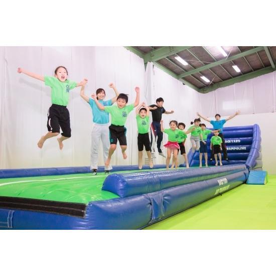 エアートランポリン ストレート9m 送風機つき 空気式 大型 エアトラ 体操教室 遊戯施設 商業施設向け エアー遊具 ふわふわ遊具 バックヤード|backyard-japan|09