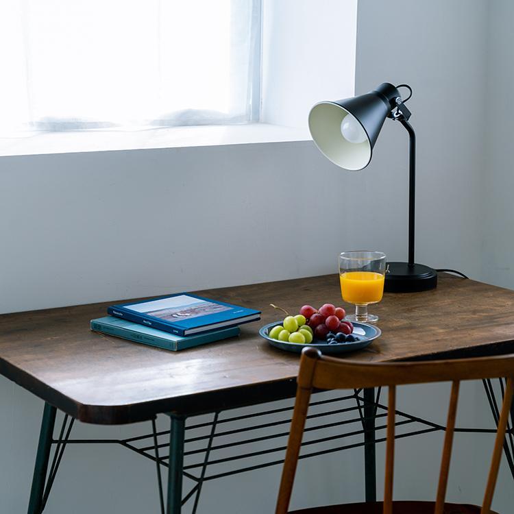 デスクライト 1灯 北欧 テイスト 待望 テーブルライト 照明器具 間接照明 かわいい おしゃれ 照明 kolmio aina レトロ コルミオ シンプル ダイニング 物品 リビング