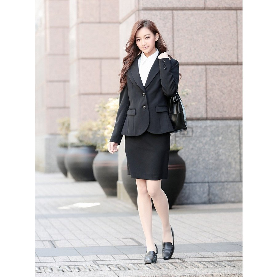 スーツ 女性 式 入社