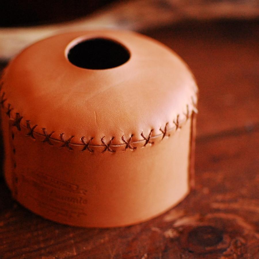 本革 OD缶カバー 230/250サイズ ナチュラル ハンドメイド 日本製 アウトドア ガス缶対応 ヌメ革 エイジング 手縫い ランタン バーナー bike-briller 06