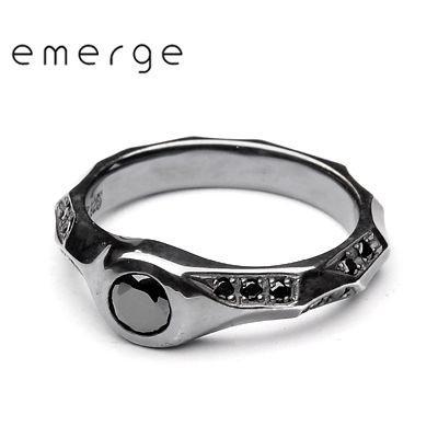独特な emerge / エマージュ ラグジュアリーランダムエッジリング ブラックタイプ, オンリーWAN 5086de0b