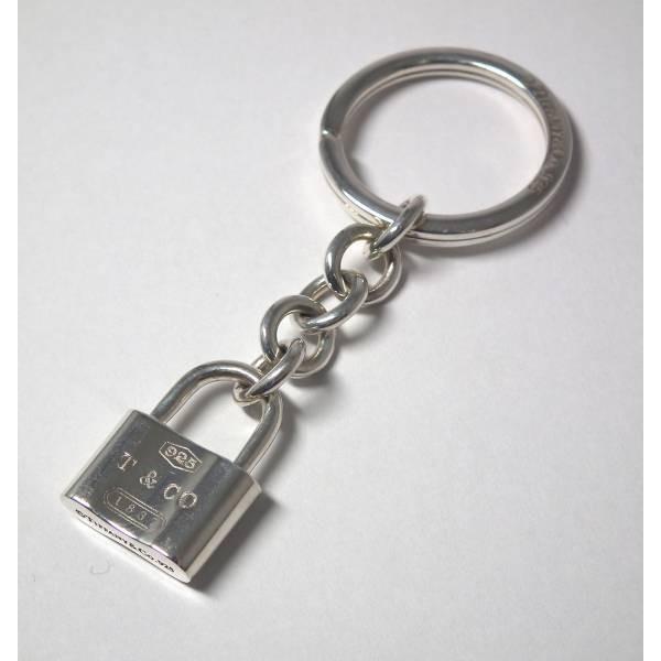 新品同様 ティファニー キーリング 鍵 キーホルダー ロック T&CO シルバー SV925 TIFFANY
