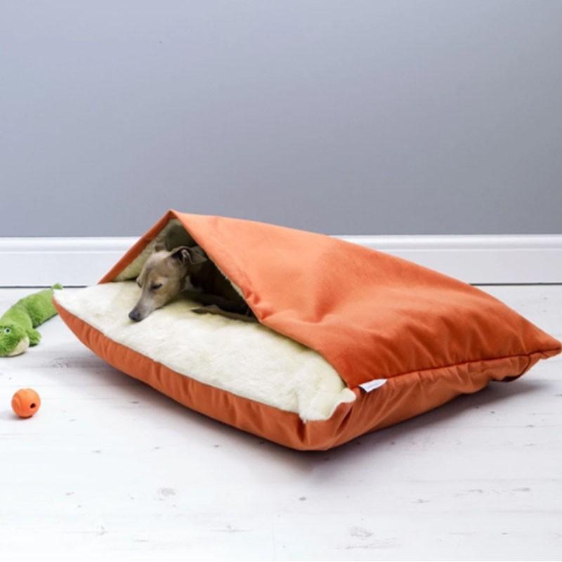 ペットベッド 犬 猫 ペットクッション 寝袋 暖かい もぐりこめる 布団 マット ブランケット 小型犬 超小型犬|cactus0812