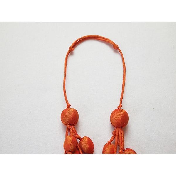 ハンドメイドのシルクアクセサリー ビーズネックレス5連 単色 オレンジ|cambodia|03