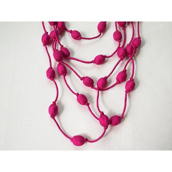 ハンドメイドのシルクアクセサリー ビーズネックレス5連 単色 ピンク cambodia 02