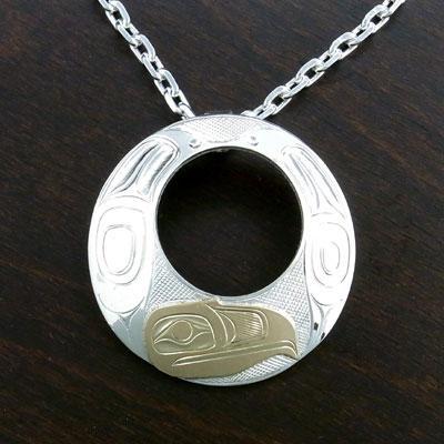 割引クーポン インディアン ジュエリー ペンダント カナダ 先住民 KWAGIULTH族 LANDON 14金 GOLD + シルバー 925 EAGLE 鷲 サークル型, 串良町 876c2ffa