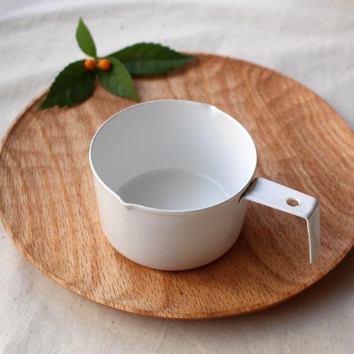 計量カップ ホーロー 白  琺瑯 無地 目盛りなし 日本製 おしゃれ かわいい cayest