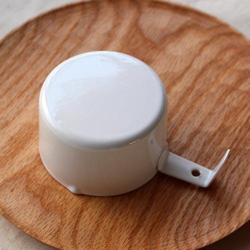 計量カップ ホーロー 白  琺瑯 無地 目盛りなし 日本製 おしゃれ かわいい cayest 05
