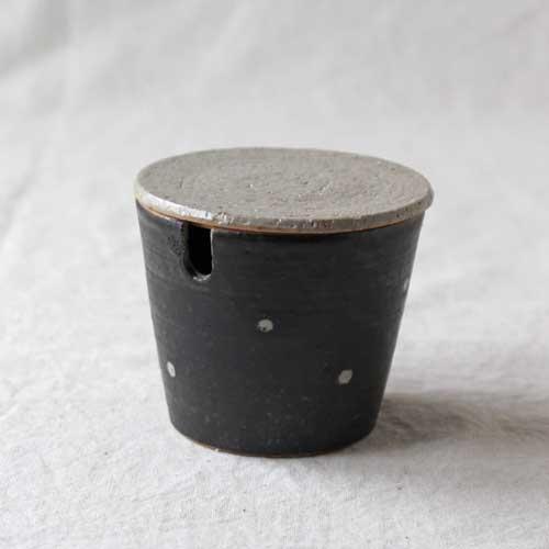 シュガーポット ドット 黒 陶器 砂糖入れ 水玉 かわいい 信楽焼 cayest
