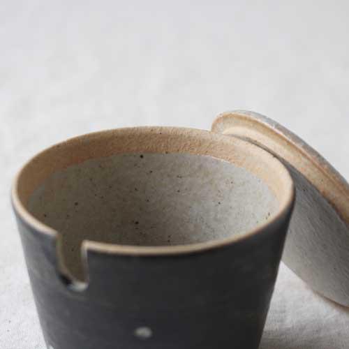 シュガーポット ドット 黒 陶器 砂糖入れ 水玉 かわいい 信楽焼 cayest 03