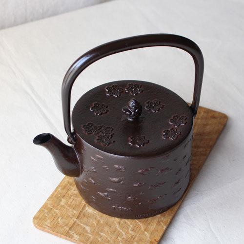 南部鉄器 鉄瓶 桜皮寸筒 桜 直火IH可1L 赤茶色 日本製 おしゃれ|cayest