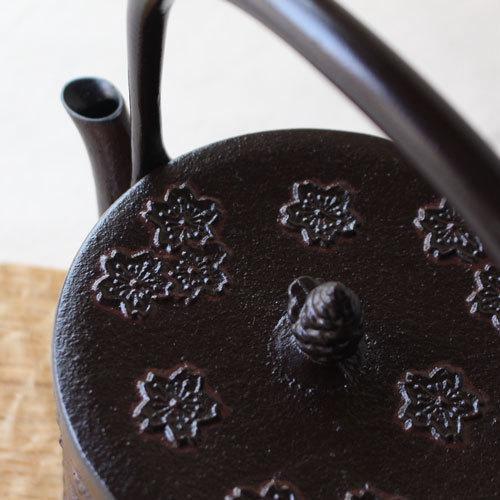 南部鉄器 鉄瓶 桜皮寸筒 桜 直火IH可1L 赤茶色 日本製 おしゃれ|cayest|05