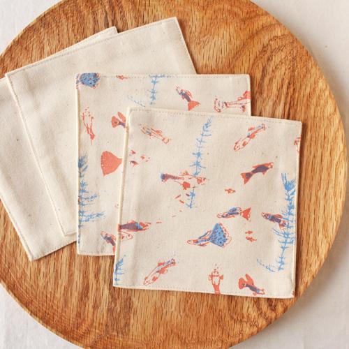 布コースター グッピー 正方形 綿100% 熱帯魚 aosansyo シルクスクリーン cayest