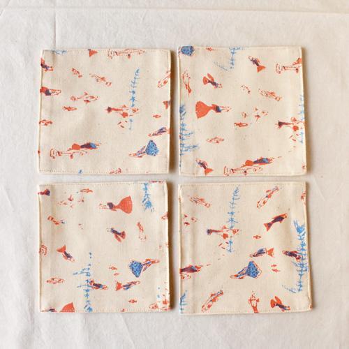 布コースター グッピー 正方形 綿100% 熱帯魚 aosansyo シルクスクリーン cayest 02