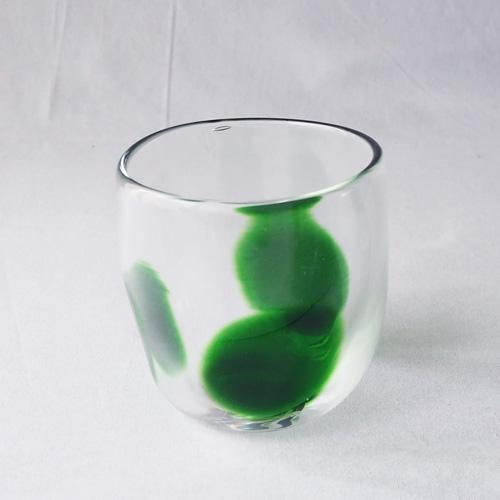 大玉水玉のコップ グラス 吹きガラス 緑 手びねり tonari ガラス食器 3dot glass|cayest