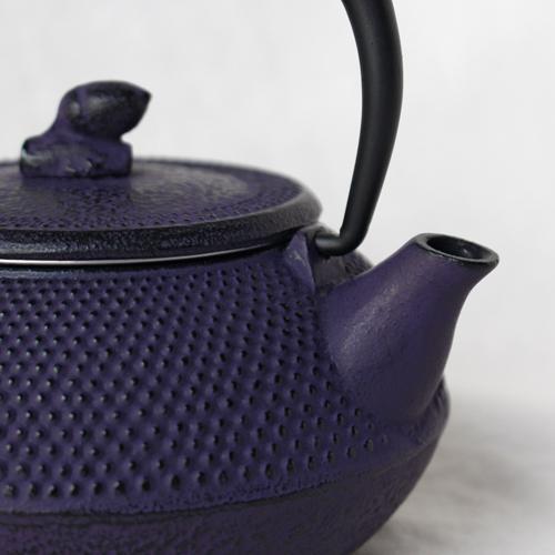 南部鉄器 急須 平丸アラレ0.3L 紫 小さめ かわいい おしゃれ 内側ホーロー加工 日本製|cayest|04