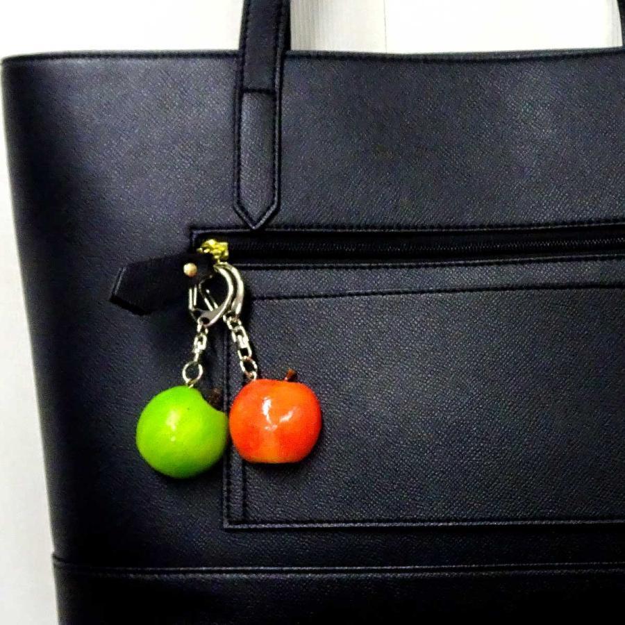 食べちゃいそうな 半分 りんご 食品サンプル キーホルダー ストラップ マグネット フルーツ 果物|coconuts-ac|03