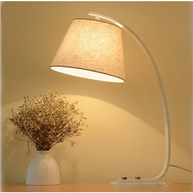 テーブルライト スタンドライト 卓上ライト 照明 照明 照明器具 間接照明 おしゃれ インテリア 北欧 モダン デスクライト LEDベッドサイドランプ 書斎 寝室
