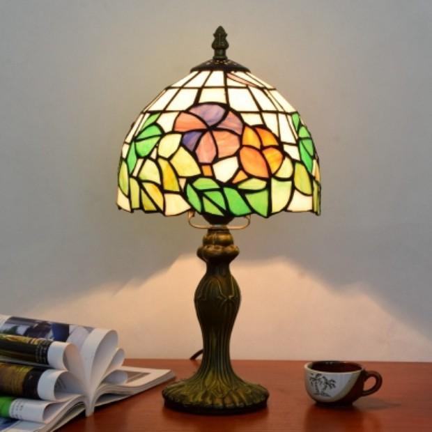 テーブルライト 卓上ライト 照明 照明器具 卓上照明 スタンドライト インテリア 北欧 間接照明 ステンドグラス おしゃれ モダン デスクライト 書斎 寝室