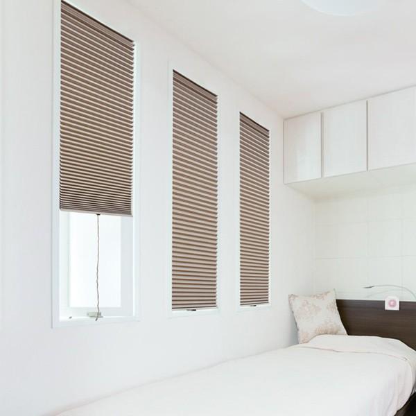 断熱スクリーン 遮光 突っ張り棒なし 幅59×高さ90cm UVカット 小窓用断熱スクリーン ハニカムシェード ( 小窓 カーテン シェード ) colorfulbox 10