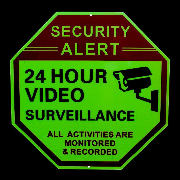 セキュリティサイン 「24 HOUR VIDEO」オクタゴン 縦30×横30cm 蓄光タイプ 防犯 看板 アメリカ雑貨|colour|02