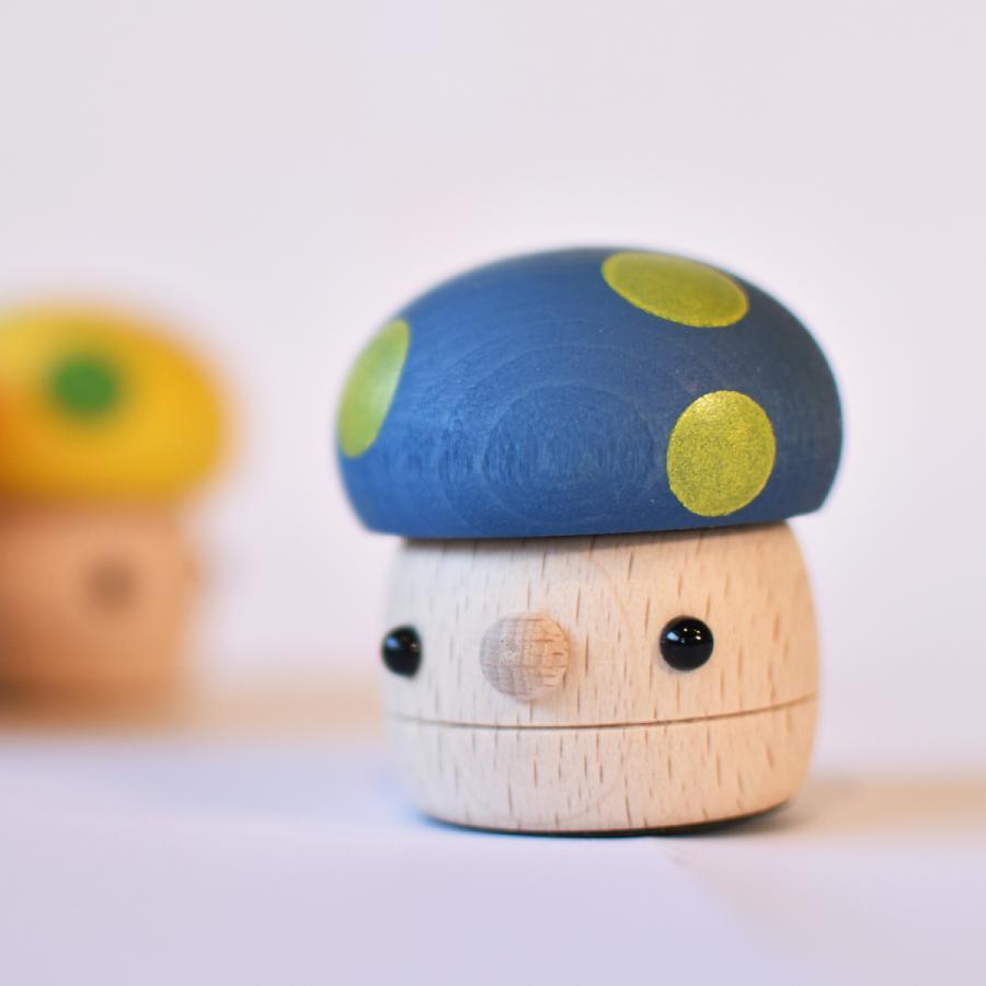 こまむぐ公式 どんぐりきのこ 木のおもちゃ 国産 知育 木育 ベビートイ  comomg 06