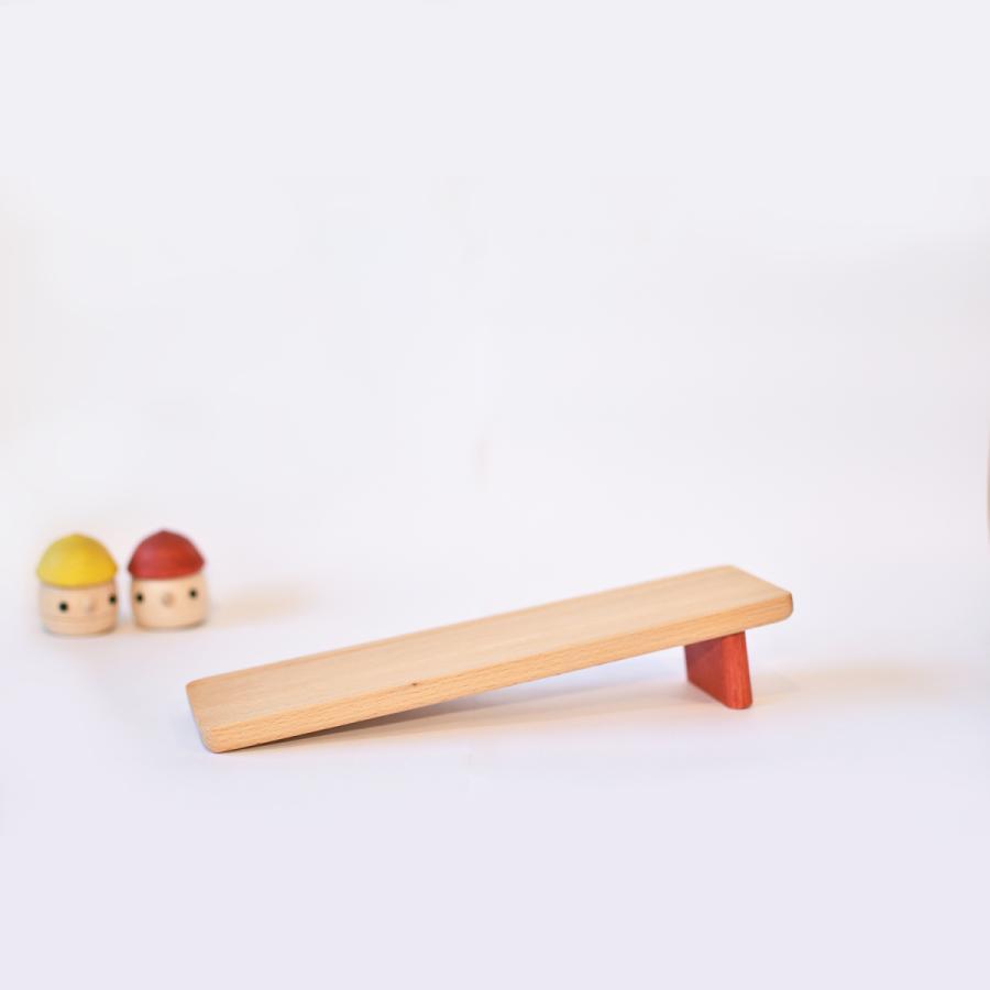 こまむぐ公式 どんぐりの坂 木のおもちゃ 国産 知育 木育 どんぐりころころ 動くおもちゃ comomg 08