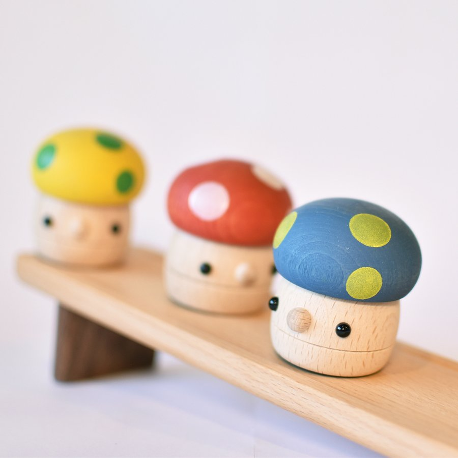 こまむぐ公式 どんぐりきのこセット 木のおもちゃ 国産 知育 木育 どんぐりころころ ギフトセット|comomg