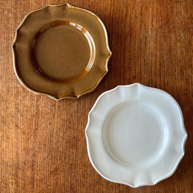サイドプレート スタジオエム 花びら パンプレート スタジオM' 食器 皿  ケーキプレート 取り皿 日本製 陶器 conceptstore