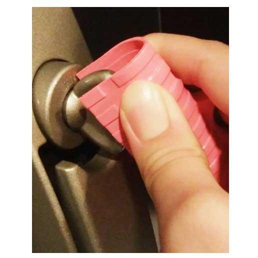 つり革グリップだけじゃない守っ手 MAMOTTE ボタンも押せる、ドアも開けられる、鍵も回せる 非接触アイテム つり革カバー|courserope|07