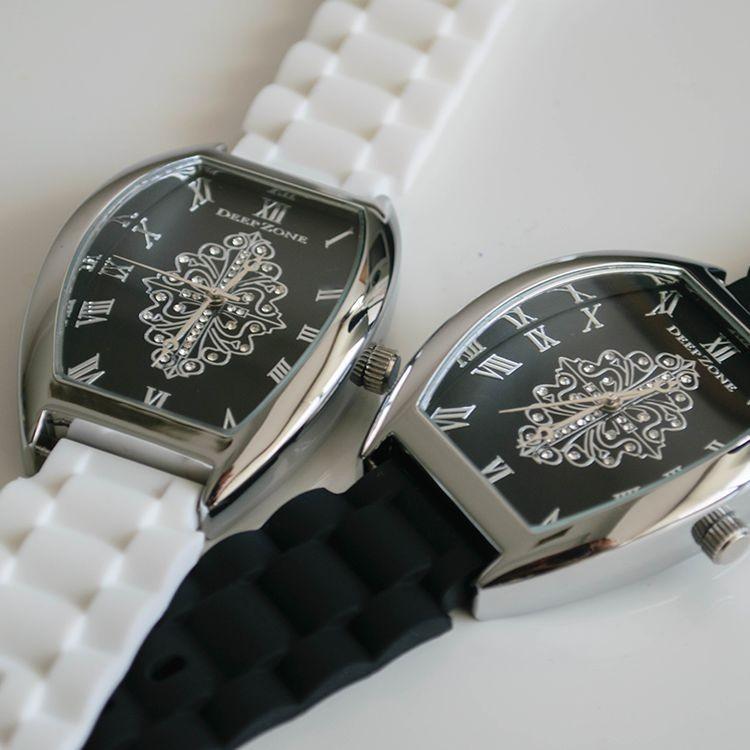 腕時計 ブレスウォッチ ラバーブレス Deep Zone トノーフェイス ジルコニア シルバーフェイス リリィコンチョ 専用ボックスあり プレゼント ギフト cowbell 05