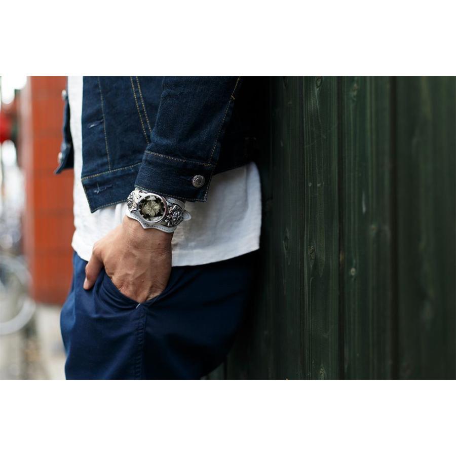 腕時計 ブレスウォッチ パイソンレザーベルト Deep Zone ラウンドケース ジルコニア ブラックフェイス ホワイトベルト リリィコンチョ 専用ケース付|cowbell|04