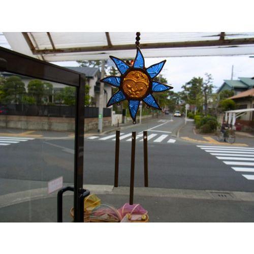 ステンドグラスウィンドチャイム 太陽 ブルー/イエロー|crossroad-cgsk