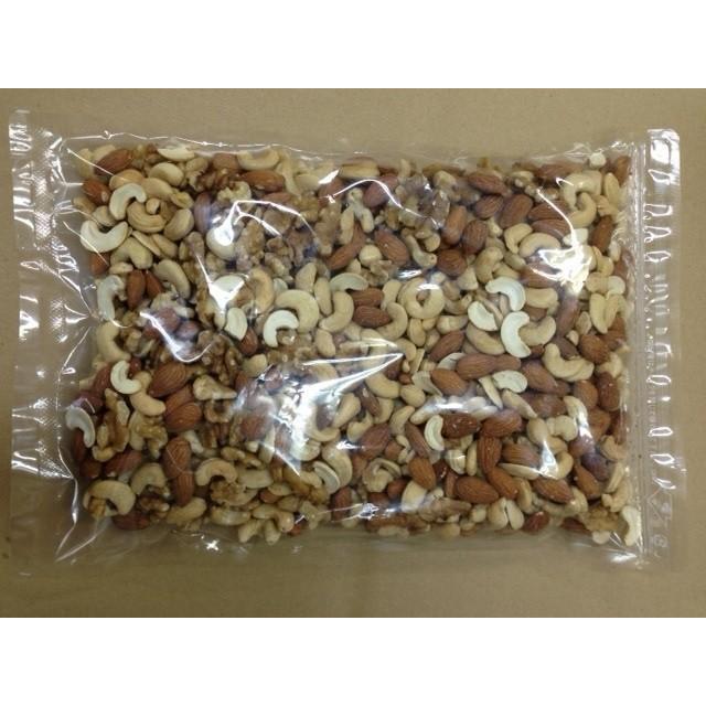 ミックスナッツ 800g (生クルミ. 素焼きアーモンド. 素焼きカシュナッツ) 無塩 無添加 無油 1kgより少し少ない食べ頃サイズ ジッパー袋入 daigo0118 02