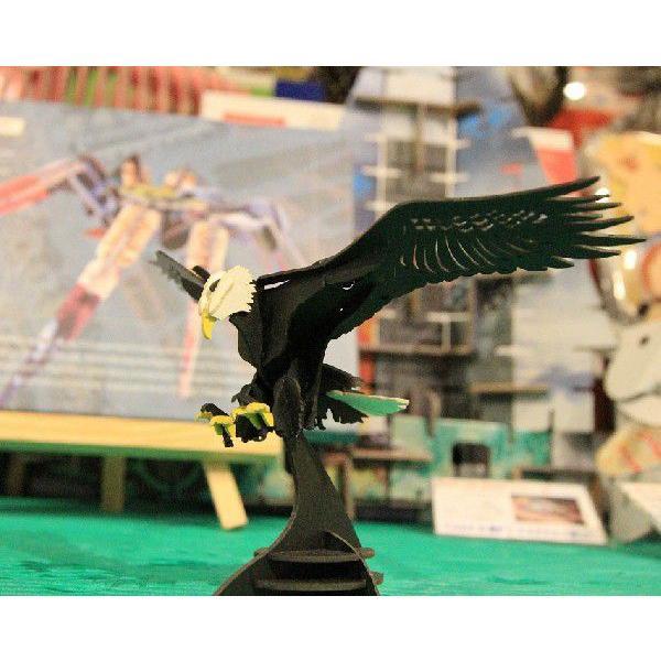立体 ペーパークラフト ウラノ 3Dペーパーパズル 白頭鷲 【台座付き】(送料無料・小型便にて配送)|dambool-crafts