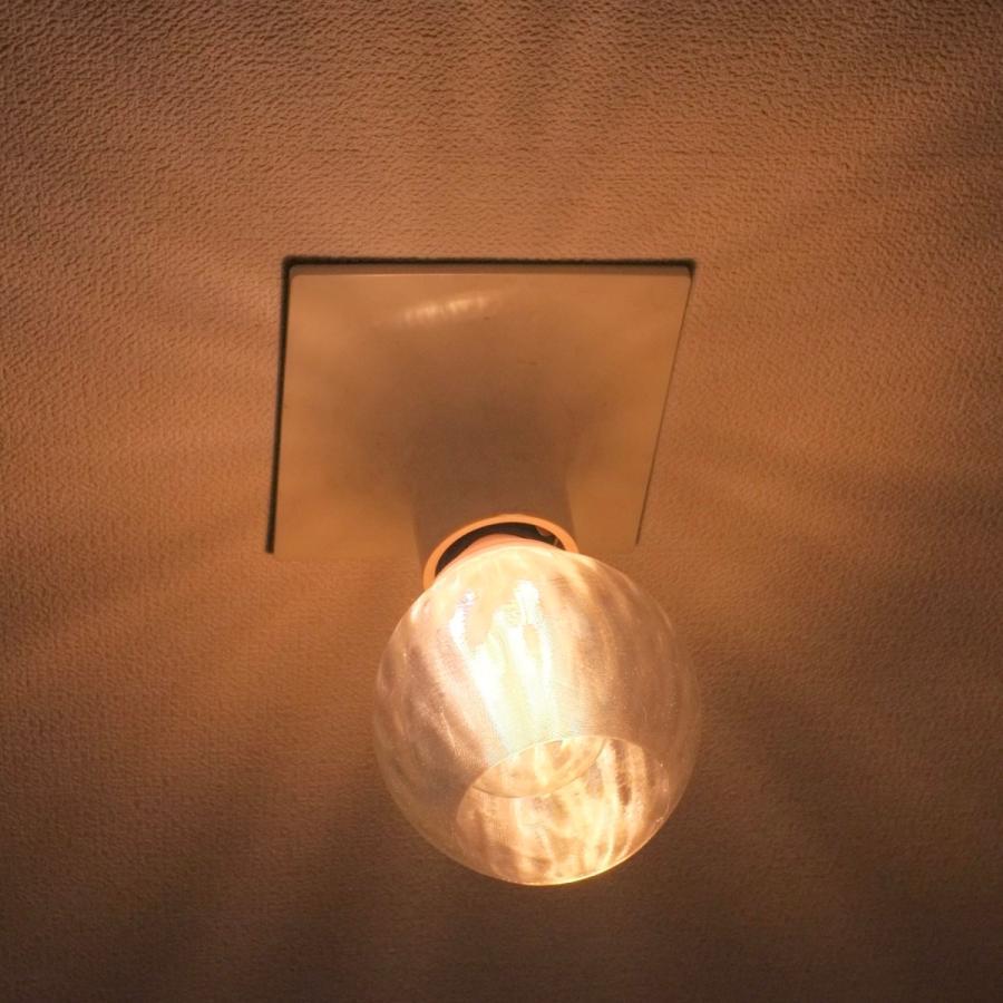 透明な LED電球カバー シェードのみ 横波模様の傘 直径10cm 裸電球にかぶせる おしゃれな照明カバー きらめくランプシェード dasyn 03