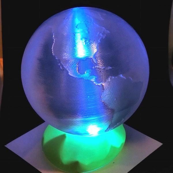 3Dデザインランプ LED 照明つき ア!かる〜い地球儀 直径 12 cm (単三乾電池式 LED 2 個のライトつき おしゃれな3D印刷インテリア)|dasyn|02