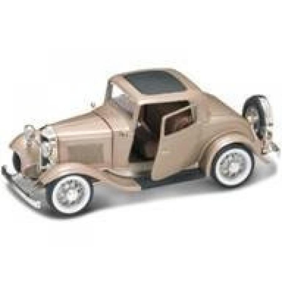 【送料無料】ミニカー 1932 Ford 3 Window Coupe ゴールド 1:18 Diecast Car Model 輸入品