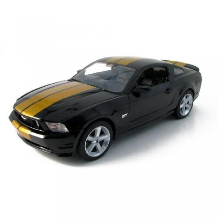 フォード ミニカー 2010 Ford Mustang GT 1:18 Scale (黒/ゴールド Stripes) 輸入品