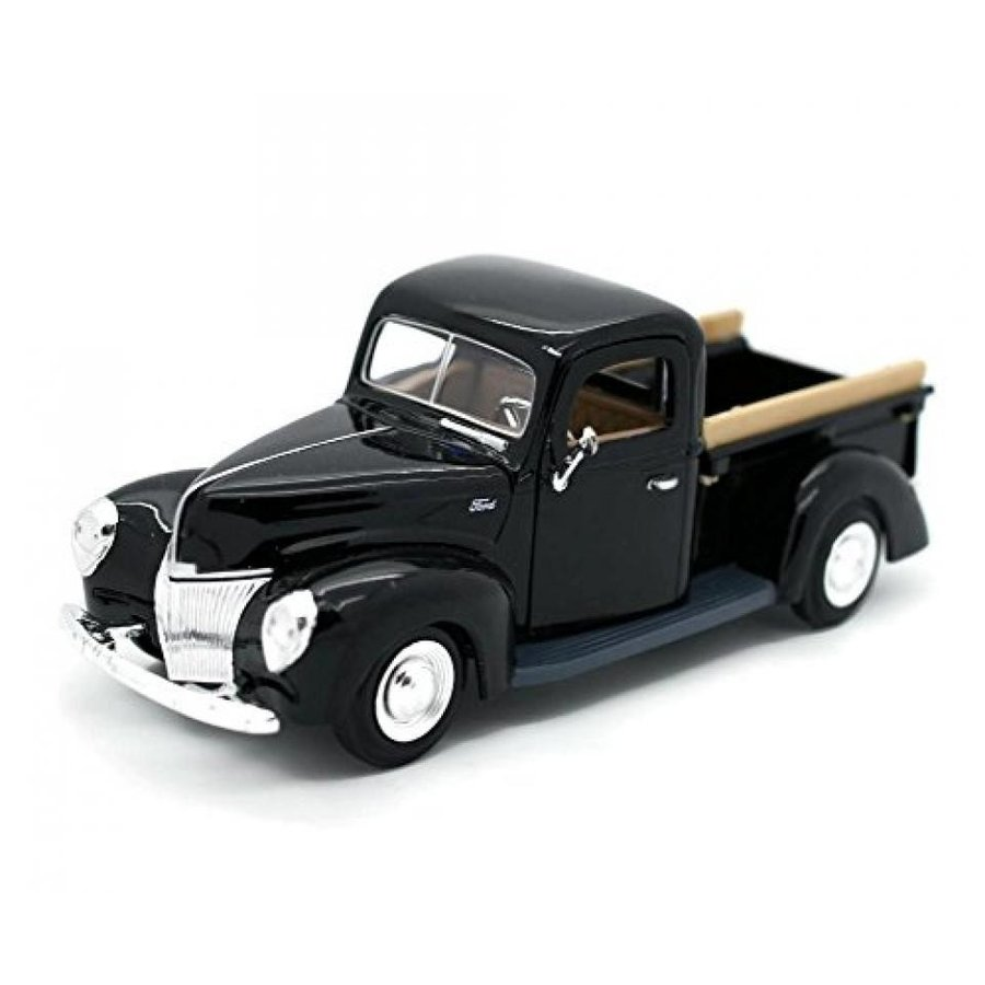 【送料無料】ミニカー MotorMax 1940 Ford Pickup truck 1:24 scale 8