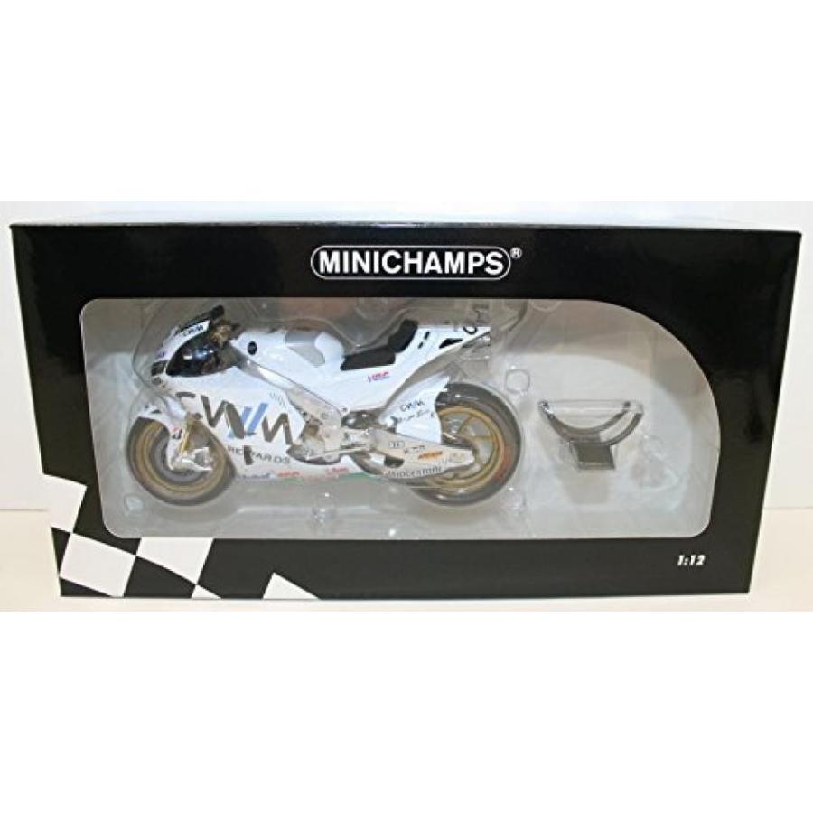 【送料無料】ミニカー Minichamps 122151135
