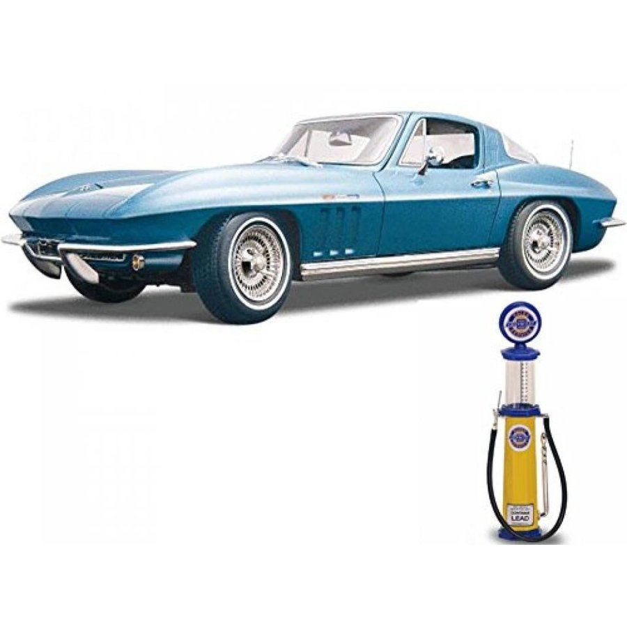 【送料無料】ミニカー Chevy Diecast Car & Gas Pump Package - 1965 Chevy Corvette, 青 - Maisto 31640 - 1/18 Scale Diecast Model Toy Car w/Gas Pump